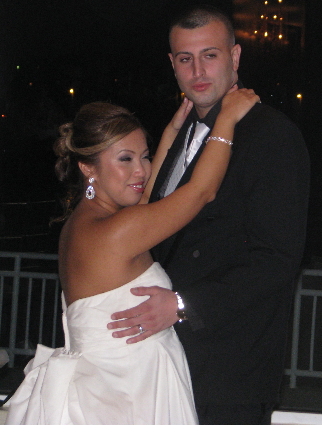 Bride and Groom First Dance with Fun Wedding DJ at The View On The Hudson